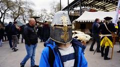Fotosöndag - Gömd (annesjoberg) Tags: fotosöndag fotosondag photosunday fs190414 gömd gomd hidden medeltid hjälm helmet