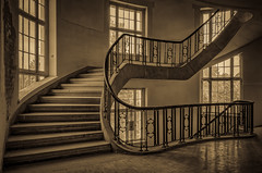 abandoned staircase - sepia antique (Peters HDR hobby pictures) Tags: petershdrstudio hdr lostplace abandonedstairhouse abandonedplace abandoned verlassen verlassenerort verlasseneplätze verlassenestreppenhaus sepia architektur linien fenster geometrisch windows architecture