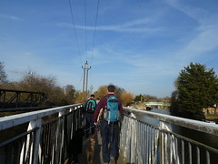 UK - Hertfordshire - Near Broxbourne - Walking along Lee Navigation over footbridge (JulesFoto) Tags: uk england ramblers capitalwalkers hertfordshire broxbourne walking leenavigation