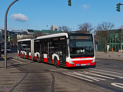 Mercedes Capacity L - Hochbahn 4814 (Pi Eye) Tags: mercedes o530 citaro capacity c2 capacityl articulé gelenk hambourg hamburg hochbahn vhh hvv bus