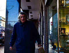 Fighting Through January (Bury Gardener) Tags: burystedmunds britain suffolk streetphotography street streetcandids snaps strangers candid candids people peoplewatching folks nikond7200 nikon england eastanglia uk 2019 cornhill