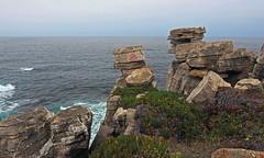 """Revelim dos Remédios"", acantilados de Cabo Carvoeiro, Peniche (Leiria, Portugal) (Miguelanxo57) Tags: mar océano acantilado cabocarvoeiro peniche leiria portugal"