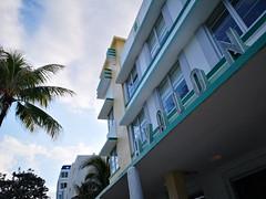 South Beach | Avalon (Toni Kaarttinen) Tags: usa unitedstates florida wpb america miami miamidade southbeach artdeco architecture avalon