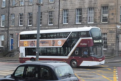 LB 482 @ York Place/Edinburgh bus station (ianjpoole) Tags: lothian buses volvo b5tl wright eclipse gemini sf17vnt 482 working route 26 toll house grove tranent clerwood terminus clerminston