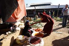 Phaung Daw Oo Market (huzu1959) Tags: a7ii alpha7ii sonya7ii alphaa7ii sonyalpha7ii sonyalphaa7ii sony myanmar inlelake