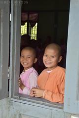 skole kids in Sagaing (Neal J.Wilson) Tags: myanmar burma travel faces portrait school children kids smile asia schoolchildren asian burmese window
