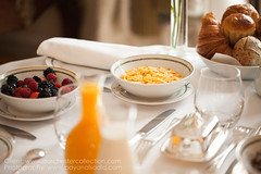 Le Meurice Hotel | Instagram: @bayanalsadiq (Bayan AlSadiq) Tags: red le maurice travel please hotel paris france bayanalsadiq bayan alsadiq lemeurice hotels places photography photographer