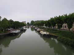 Quel est ce lieu??? Port de plaisance, canal latéral de la Garonne, Moissac (82) (Yvette G.) Tags: quelestcelieu midipyrénées occitanie tarnetgaronne 82 canal portdeplaisance canallatéraldelagaronne moissac