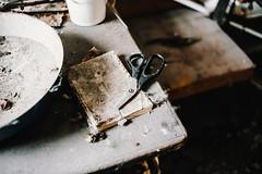 26/30 2018/02 (halagabor) Tags: urban urbex urbanexploration urbanexploring urbexphotography urbexphotos abandoned abandonment decay derelict devastation forgotten lost lostplaces rust rusty scissor broken nikon d610 nikkor