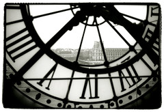 Musée d'Orsay (Tamakorox) Tags: paris france louvre louvrepalace japan japanese canon f1 kodak iso400 tmax film ilfordrcpaper bw street light shadow analoguecamera muséed'orsay artmuseum art 日本 日本人 光 影 喜び ルーヴル美術館 オルセー美術館