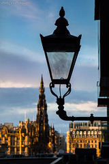 Edinburgh Old Town at Sunset (deltic17) Tags: edinburgh oldtown architecture lamp light sunset building scot scotland sky stone alley canon canon5dmk4 photography photographer artistic old victorian
