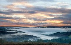 Sunset Mist - D A R T M O O R (Twogiantscoops) Tags: dartmoor mist evening river dart buckland moor devonoutback holne sunset canon 5dmk2 2470mm party