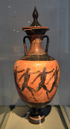 Lidded Panathenaic amphora representing runners, from the Temple of Apollo at Soros