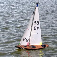 KP1480821a (Mike Millard) Tags: pooleradioyachtclub 8m poolepark