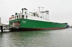 Misana (Hugo Sluimer) Tags: nlrtm onzehaven portofrotterdam port haven nederland zuidholland holland nikon nikond500 d500