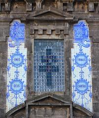 Porto santo lldefonso church (patrick555666751 THANKS FOR 6 000 000 VIEWS) Tags: porto santo lldefonso church unus deus trinus caritas patrick55566675 portugal portus oporto cidade invicta europe europa atlantic atlantique atlantico chiesa eglise iglesia igreja croix cruz croci cross cruzes lettre letter lettering typography typographie azulejos azulejo tiles tile bleu bla blue blau azul azzuro