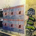 Collage d'affiches pour @loreakofficial avant la #parisfashionweek #fashionweekparis #fashionweek thumbnail