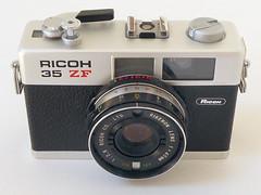 Ricoh 35 ZF (pho-Tony) Tags: ricoh35zf ricoh 35 zf 35mm compact rikenon 40mm f28 rikenon40mmf28 analog analogue vintage film cds japan japanese