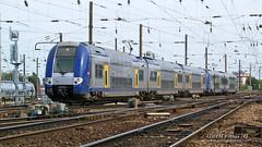 Z 24549/50 (325) + Z 23517 (517 B), Amiens - 10/09/2011 (Thierry Martel) Tags: z24500 amiens automotrice sncf z23500
