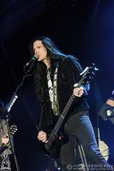Slash featuring Myles Kennedy & The Conspirators
