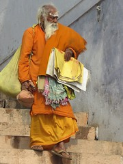 varanasi 2019 (gerben more) Tags: saddhu varanasi benares india orange man beard holyman colours colors