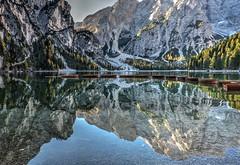 Barche (giannipiras555) Tags: braies lago dolomiti altoadige trentino riflesso barche alberi alba sole montagna natura landscape panorama