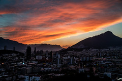 Cae la noche (gyogzz) Tags: sunset cloudy clouds panorama panoramic a7sii sony alpha bulbo noche night nubes orange