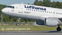 Lufthansa, Airbus A320-211, D-AIPC, HAM/EDDH Hamburg Airport (timo.soyke) Tags: lufthansa airbus a320 a320211 daipc closup ham eddh hamburg hamburgairport takeoff rotate flugzeug plane aircraft
