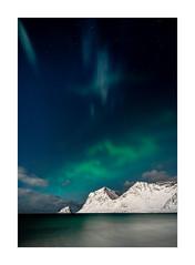 Skyfall (Fullmoon Aurora) (W.Utsch) Tags: night aurora lofoten beach fullmoon landscape landschaft stars sky clouds northernlights nordlichter heliar hyperwide wideangle sony ngc