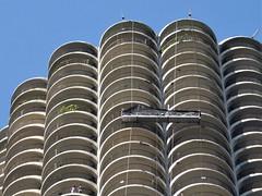 Chicago, Washing Windows at Marina City (Architect: Bertrand Goldberg) (Mary Warren 12.8+ Million Views) Tags: chicago urban architecture building condo condominiumtower curves concrete