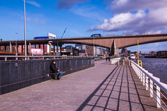 Kingston Bridge, Glasgow (Briantc) Tags: scotland strathclyde glasgow clyde clydeside bridge clydearchbridge kingstonbridge