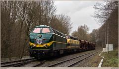 TUC-Rail 5528 + 5508 @ Quenast (Wouter De Haeck) Tags: belgië belgique belgien infrabel l115 clabecq clabecqmarchandises quenast brabantwallon waalsbrabant rebecq tucrail hld55 bn labrugeoiseetnivelles gm generalmotors cargo güterzug freighttrain traindemarchandise steenslag steenslagtrein ballast gravier hasselt