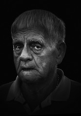 /-/ (dagomir.oniwenko1) Tags: street style skegness face wrinkles men male man mono oldman eyes england expression portrait person lincolnshire edis08edis08 canon candid blackandwhite bw