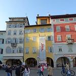 2019-03-29 03-31 Südtirol-Trentino 095 Trient, Piazza del Duomo thumbnail
