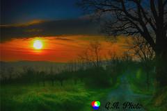 Mi piace la lentezza risoluta del tramonto. Quella che pensi di avere il tempo di fotografare e invece è già passata. #ESPLORA# (Gianni Armano) Tags: mi piace la lentezza risoluta del tramonto quella che pensi di avere il tempo fotografare e invece è già passata foto gianni armano photo flickr
