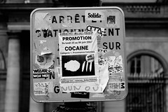 Promotion CocaÏne (just.Luc) Tags: poster letters lettres words woorden mots wörter bn nb zw monochroom monotone monochrome bw parijs parigi paris îledefrance france frankrijk frankreich francia frança