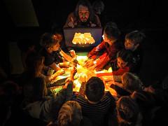 Sandscape / Tangible Media Group / MIT Media Lab (Ars Electronica) Tags: hell dunkel light dark children kinder visitors kids hands faces gesichter hände museum arselectronica arselectronicacenter mit tangiblemediagroup mitmedialab besucher