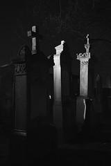 Die Drei von der Tanke (MikeSolfrank) Tags: straubing nacht night black düster friedhof cemetery ruhe death live tod leben kreuz kruzefix stpeter old alt stimmung art