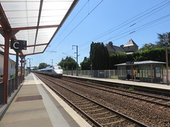 Quimperlé. TGV (Traveling with Simone) Tags: tgv quimperlé bretagne brittany finistère france gare railroad station tracks rails travel voyage voyager train lines building
