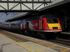 London North Eastern Railway Class 43 43296 (Alex S. Transport Photography) Tags: train railway rail class43 loco locomotive diesel outdoor vehicle grantham londonnortheasternrailway lner highspeedtrain hst intercity125 1e03 43296