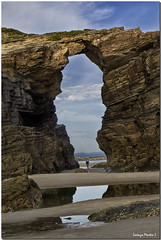 LUGO, RIBADEO, PLAYA DE LAS CATEDRALES 3 (Lorenmart) Tags: playadelascatedrales ribadeo lugo galicia españa spain canoneos550d lorenmart nwn rocas marcantábrrico paisaje