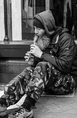 Performer (2) (+Pattycake+) Tags: spring candid performers street streetmusician primelens city norwich 40mmprimelens uk norfolk canoneos70d