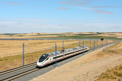 Renfe Avant S114 (Nelso M. Silva) Tags: renfe ave emu automotora comboio alta velocidade tren alstom