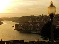 P1290907 (alainazer2) Tags: porto portugal eau acqua water river rivière ciel cielo sky city citta ville