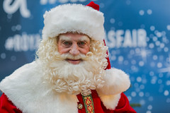 Merry Christmas to all of you (zilverbat.) Tags: people peopleinthecity zilverbat candidphotography kerstmis winter christmas xmas portrait portret postcard photography pin kerstman santaclaus hohoho