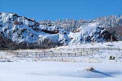 Fresh Snow (Colorado Sands) Tags: hff fence colorado winter snow foothills roxborough usa sandraleidholdt woodfence landscape