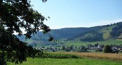DSC05650 (ursrüegsegger) Tags: linden juli august getreideernte bauernhöfe landschaft regenbogen