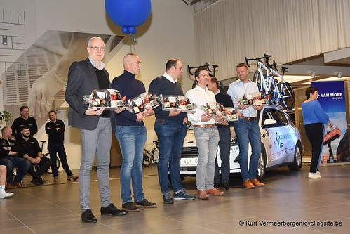 Van Moer Logistics Cycling Team (213)