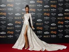 Red carpet of the Goya awards of Spanish cinema (davidbocci.es/refugiorosa) Tags: red carpet goya awards spanish cinema barbie mattel fashion doll muñeca refugio rosa david bocci ooak alma