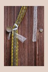 decoro (sandrorotonaria) Tags: door brown decor stripe ciociaria gallinaro